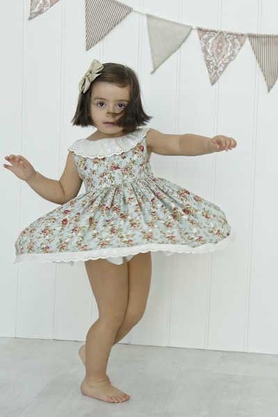 Vestido de vuelo Julie Dress. Patrón Cosotela